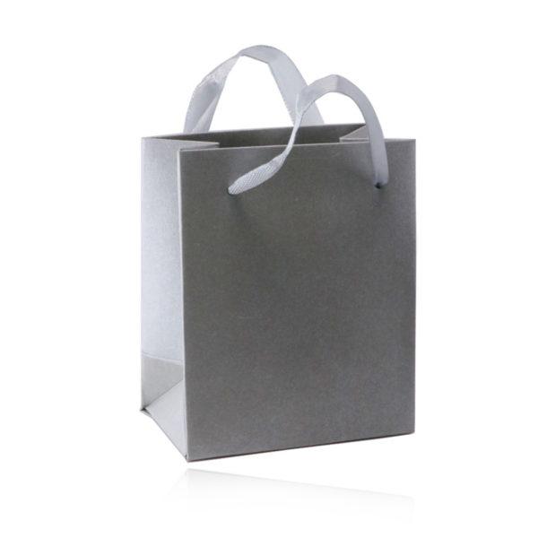 Papírová dárková taštička – stříbrná barva
