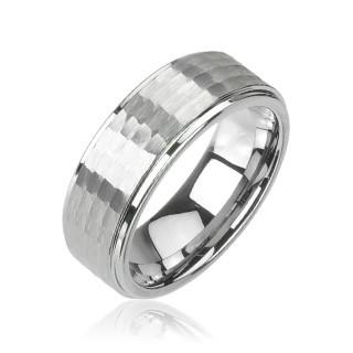 Prsten z wolframu stříbrné barvy