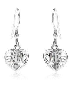 Stříbrné náušnice 925 - lesklé vyřezávané čtyřcípé srdce