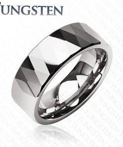 Wolframový prsten - lesklé kosočtverce a trojúhelníky