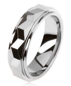 Wolframový prsten stříbrné barvy