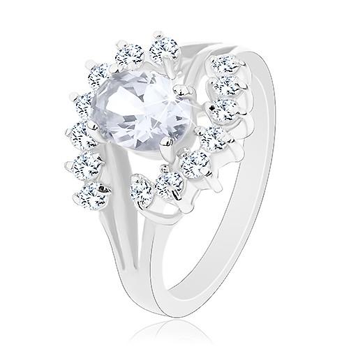 Blýskavý prsten ve stříbrném odstínu