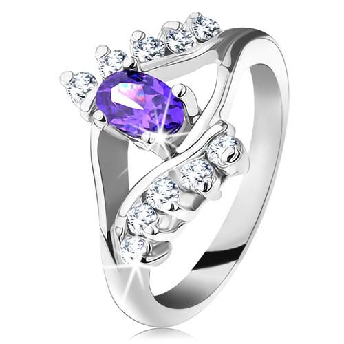 Lesklý prsten ve stříbrném odstínu s fialovým oválným zirkonem