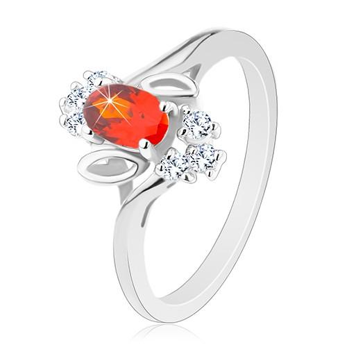 Prsten stříbrné barvy
