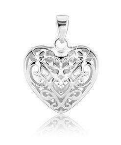 Stříbrný přívěsek - vypuklé srdíčko zdobené ornamenty
