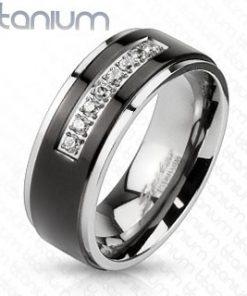 Titanový prsten stříbrné barvy